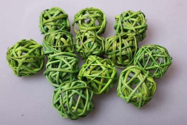 Набор шаров из ротанга плетеных d=3см Зеленое яблоко (12шт в уп)