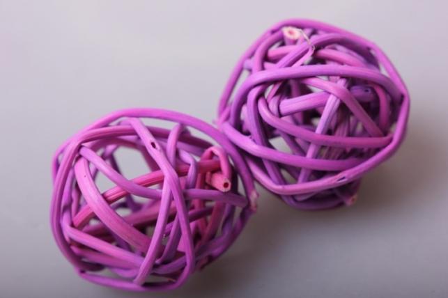 набор шаров плетеных (ротанг) d=3см сиреневые (12шт в уп)