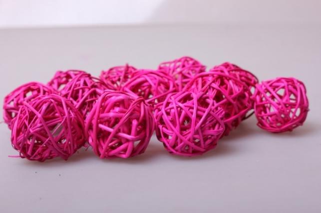 набор шаров плетеных (ротанг) d=3см ярко-розовые (12шт в уп)