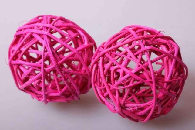 набор шаров плетеных (ротанг) d=8см ярко-розовые (6шт в уп)