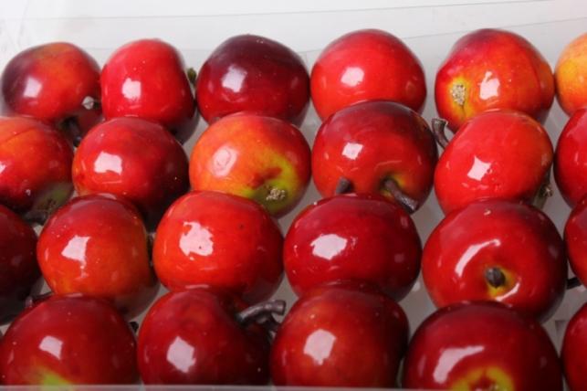 набор яблок (24 шт) 3,5см красный - искусственные фрукты 8685