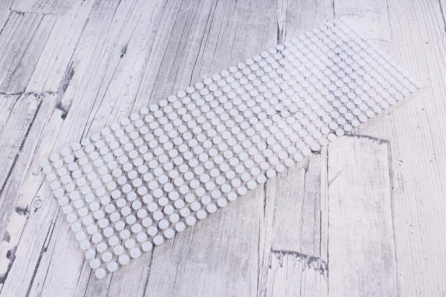 Наклейки на листе 6мм жемчуг белые 504шт  DZ6Р-1  0896