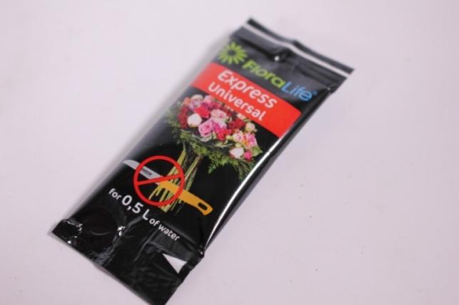 Oasis Floralife Express Universla 300 Жидкая подкормка для срезанных цветов 5 мл