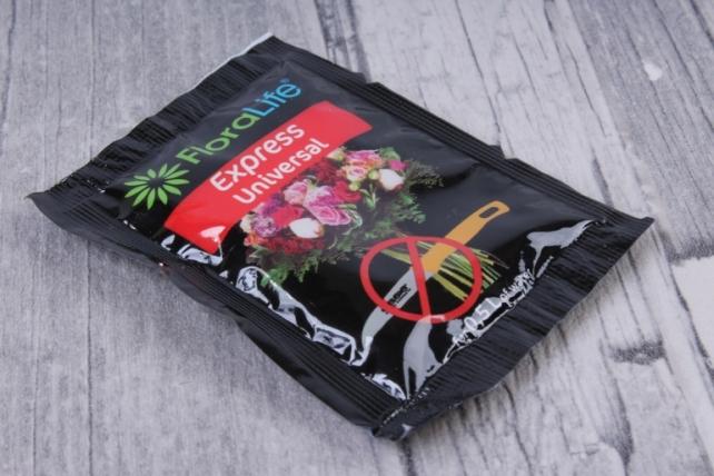 Oasis Floralife Express Universla 300 Порошковая подкормка для срезанных цветов 5 гр