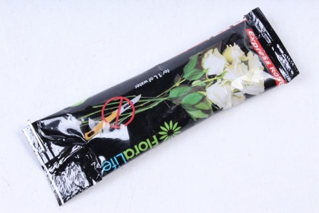 Oasis Floralife Жидкая подкормка для роз, пакетик 10 мл (С белой розой)