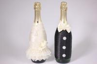 """Одежда-декор для шампанского """"Жених и Невеста"""" - черный/шампань с розами (2шт в уп) (1)"""