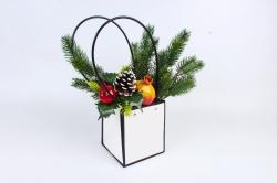 Пакет для цветов Квадрат белый с черным кантом  с пласт. ручками W105