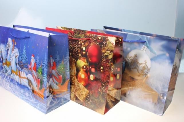 Пакеты новогодние  32х26 (20 шт/уп) рисунки в ассортименте