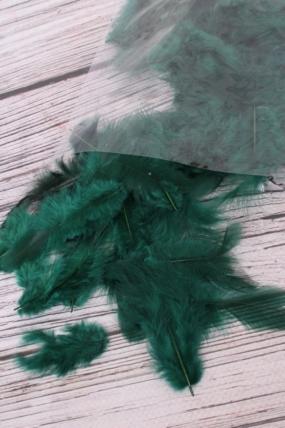 Перья темно-зеленые в пакете 10гр  Арт20937254