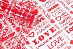 Пленка цветная Love 70см красный(200гр) 00054787