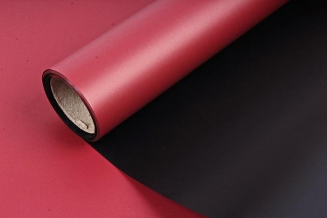 Пленка матовая двухсторонняя, 70 мкр, 58 см х 5 м, красный / черный (М) 1597