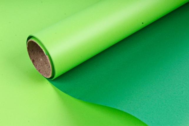 Пленка матовая двухсторонняя, 70 мкр, 58 см х 5 м, зеленый / салатовый (М) 1566