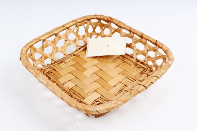 Плошка плетеная ( бамбук) - Квадрат коричневый
