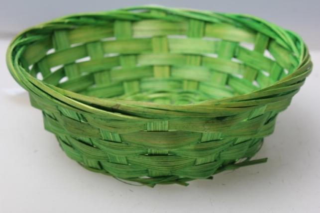 Плошка плетеная (бамбук) зеленый d=15, h=4см 8536