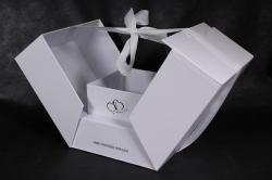 Подарочная коробка - КУБ-трансформер белый