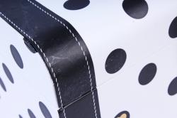 Подарочная коробка одиночная - Чемодан черно-белый в горох  К201