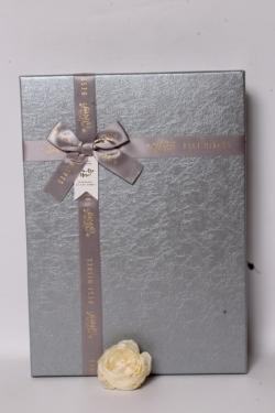 Подарочная коробка одиночная - Прямоугольник тиснение кожа серебро 35*25*7см  В623