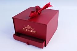 Подарочная коробка одиночная - Шкатулка с ящиком и бантом красная