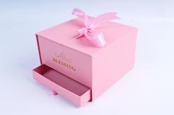 Подарочная коробка одиночная - Шкатулка с ящиком и бантом розовая