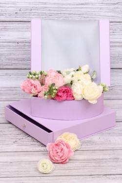 Подарочная коробка одиночная 1шт - КУБ прозрачный с шкатулкой сирень 24*24*20см В200