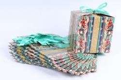 Подарочная коробка одиночная 12шт в уп - Куб Новый Год с бантом Бирюза с игрушками   N702