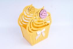"""Подарочная коробка """"Пирожное""""  МДФ,  желтый-белыйПУ462-02-1603"""