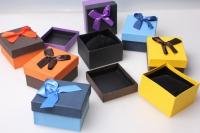 Подарочная коробка текстур. 8х9х4,5см 1шт. (8шт. в уп) цвета и рисунки в ассортименте