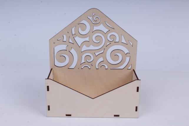 """Подарочная упаковка """"Конверт"""" с вензелями (18*6,6*20,5) фанера 3мм, неокраш.ПУ286-00-0000"""
