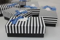 Подарочные коробки - Ассорти Прямоугольник Черный, красный в белую полоску 15,5х9х6см 1036-41(6) (цена за 1 шт в уп 6шт)