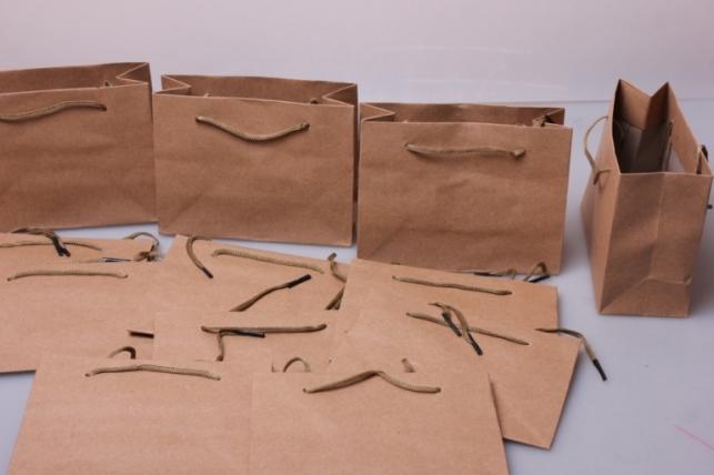 Подарочные пакеты - КРАФТ однотонный 14,5*11,5*6  (12 шт/уп)