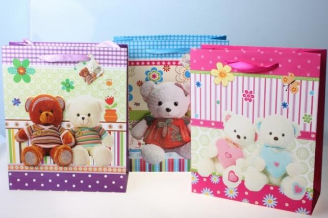 Подарочные Пакеты Мишки   (26х32х10)  (12 шт/уп) рисунки в ассортименте