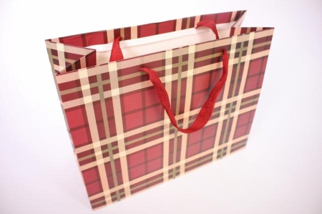 Подарочные пакеты -СумкаЛюкс- КлеткаВишня(32*26*14)(12шт/уп)011L