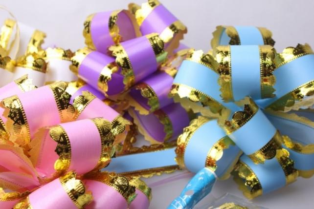 Подарочный Бант из ленты ажур с золотом 5см (10 шт. в упаковке)