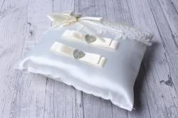 Подушка под кольца айвори  06064