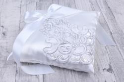 Подушка под кольца белая 06183