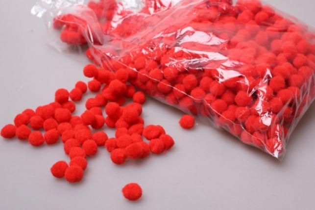 Помпоны декоративные 1,5см Красные (1000шт в упаковке) 6413