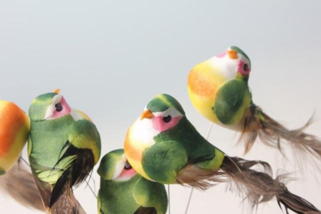 Птичка искусственная на проволоке 10см (12 шт)