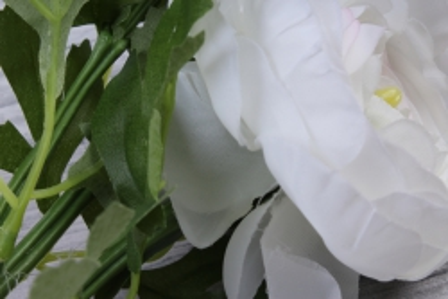 ранункулюс 35 см белый sun523