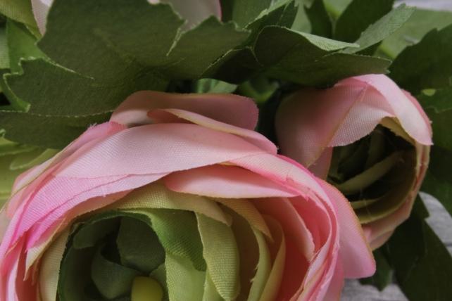 ранункулюс 35 см розовый sun523