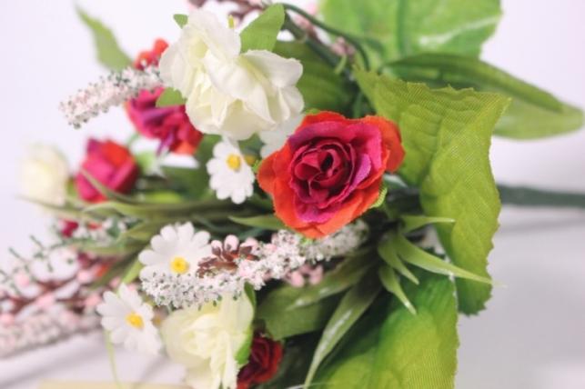 Роза евробукет с гипсофилой малиновая/белая 25см