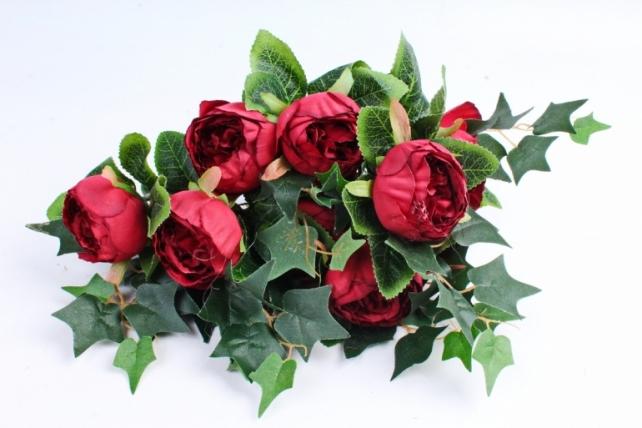 """Роза """"помпон"""" с плющём  кирпично-красная"""