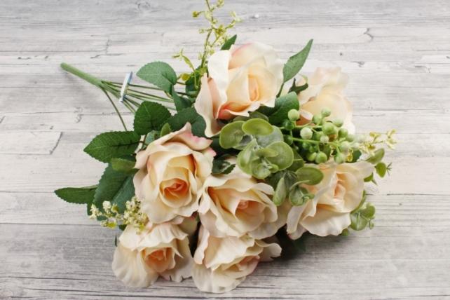 Роза с гофрированными лепестками персик
