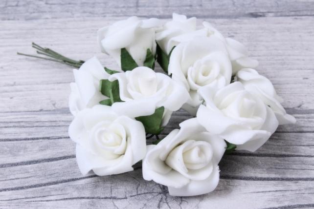 Розы латексные  (10шт в уп)