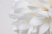 шар-цветок маленький d=12см белый 8375