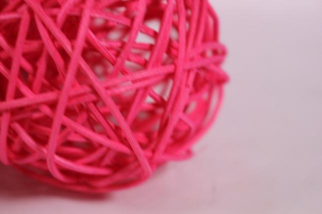 шар из ротанга 8см ярко-розовый (10шт в уп) xf111620 3mix