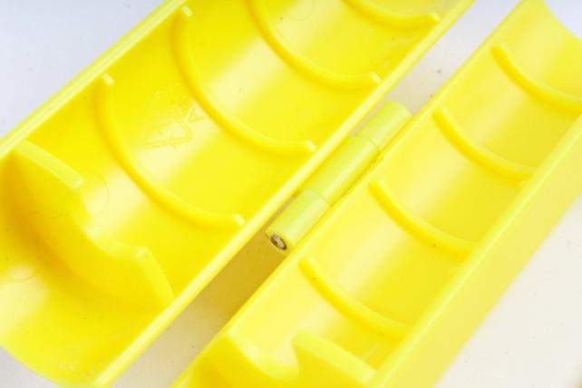 Шипосниматель для роз пластик желтый (Profloristika)
