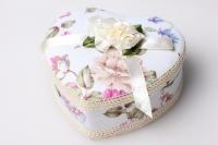 Шкатулка Сердце с бантом (для ювелирных украшений) цвета и рисунки в ассортименте