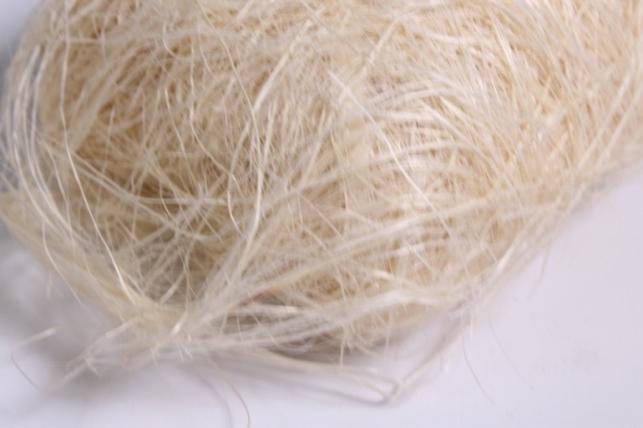 сизалевое волокно - отбеленное (50 гр)