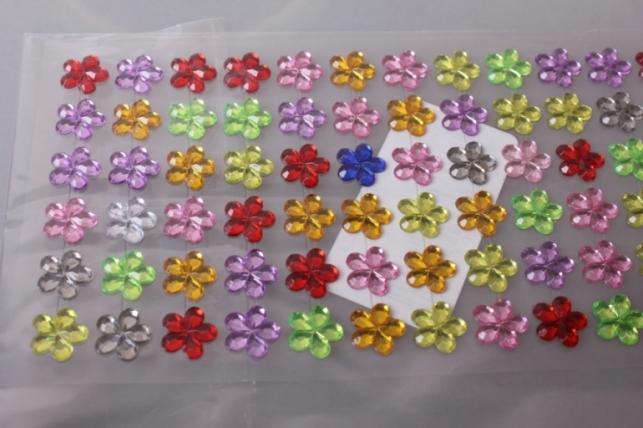 стразы цветочки 12мм 114шт dz-550 микс