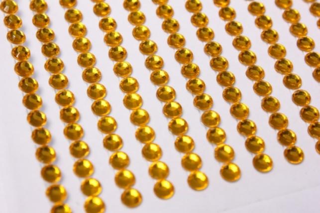 стразы желтые прозрачные на липучке 4мм 560шт 8785